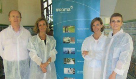 Mar Casanova, directora general de Internacionalización y Consejera Delegada del IVEX, destaca la trayectoria empresarial de IPROMA