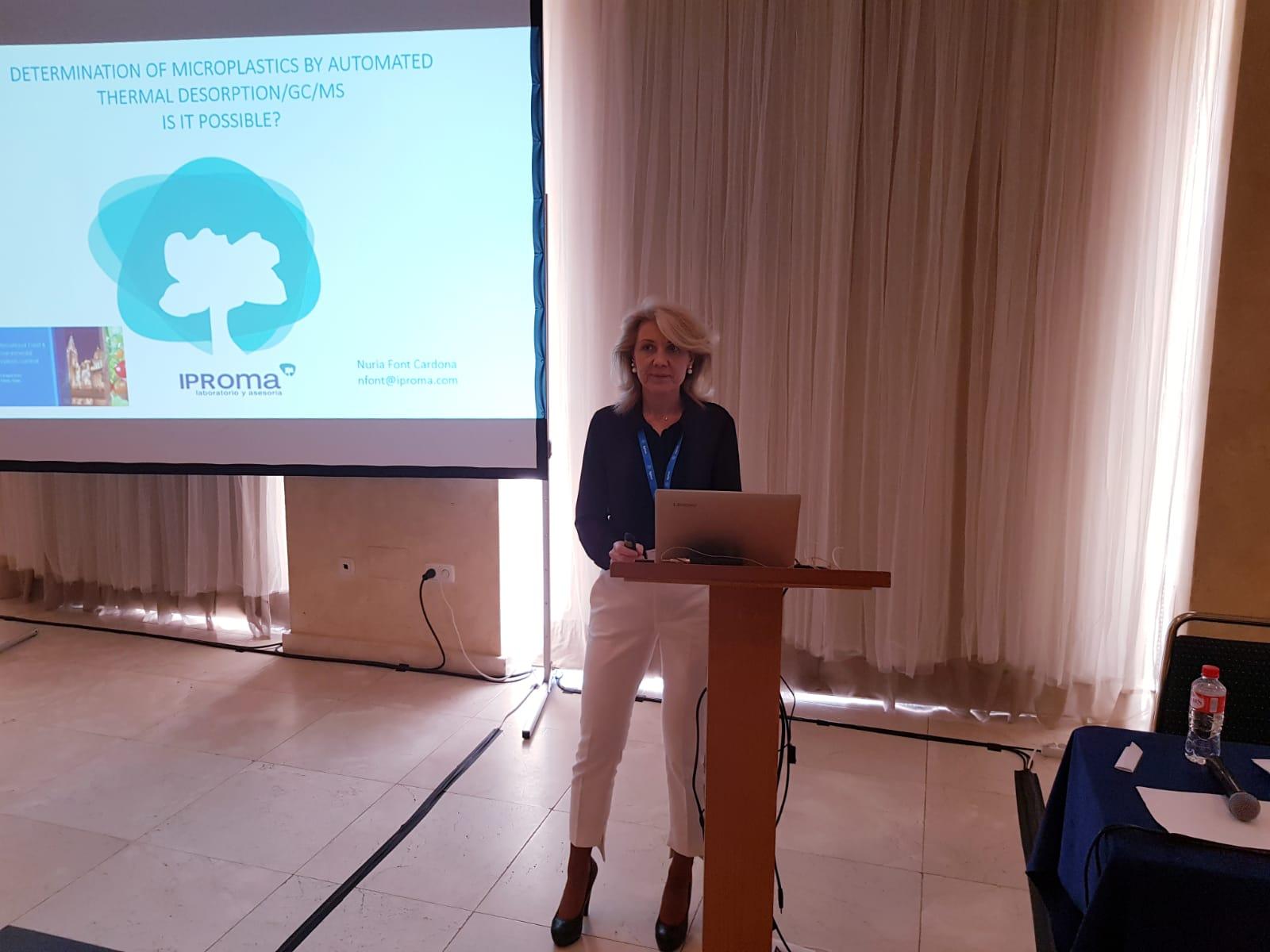 IPROMA analiza la problemática de los microplásticos en la Cumbre Internacional de Análisis de Alimentos y Medio Ambiente de Toledo